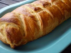 Greek ham and kaseri cheese braided pastry Greek Dishes, Tasty, Yummy Food, Recipe Of The Day, Ham, Banana Bread, Cheese, Cooking, Desserts