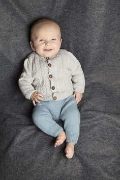 Knitting Patterns Newborn Ravelry: Hentesett / Anne& Newborn Baby Set pattern by Knit Me Knitting For Kids, Baby Knitting Patterns, Free Knitting, Little Babies, Baby Kids, Child And Child, Baby Set, Other Outfits, American Girl