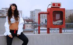 Pimp your style cu Deea Cudeea, Sinzi & KENVELO Fall Winter 2013/2014 Lasati-va inspirate de stilul celor 2 tinere! Pimp your style cu Deea Cudeea, Sinzi & KENVELO Landline Phone, Your Style