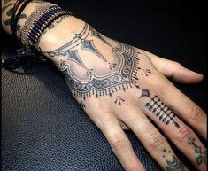 Maori Tattoos for girls (7)