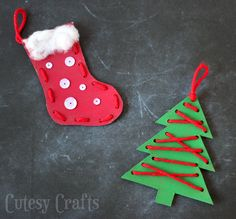 Christmas Craft for Kids - Lacing Ornaments. Looking for a Christmas craft for kids to make? These lacing Christmas ornaments are perfect! They are cheap and easy for kids to make. Kids Crafts, Christmas Crafts For Kids To Make, Preschool Christmas, Toddler Crafts, Craft Kids, Creative Crafts, Christmas Crafts For Preschoolers, Christmas Decorations Diy For Kids, Childrens Christmas Crafts