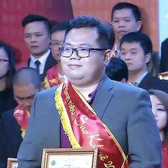 Ông Quách Huỳnh Như Hợp-GĐ ERP Công ty HanelSoft nhận giải 1