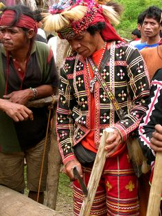 Tribal Costume, Indigenous Tribes, Filipiniana, Mindanao, Ancient Egyptian Art, Linkin Park, Women's Sandals, Filipino, Headdress