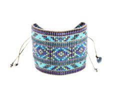 Bead Loom Bracelets, Beaded Bracelet Patterns, Bead Loom Patterns, Bracelet Designs, Bead Jewellery, Seed Bead Jewelry, Beaded Jewelry, Tear, Bijoux Diy