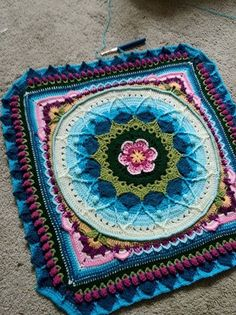 Transcendent Crochet a Solid Granny Square Ideas. Inconceivable Crochet a Solid Granny Square Ideas. Crochet Mandala Pattern, Crochet Square Patterns, Crochet Motifs, Crochet Blocks, Crochet Squares, Crochet Blanket Patterns, Crochet Designs, Crochet Doilies, Crochet Flowers