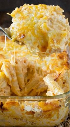 Buffalo chicken, cheese, & pasta in a casserole creates a meal that everyone loves. This Buffalo Chicken Pasta Bake is delicious and ready in 30 minutes. Buffalo Chicken Pasta Bake Recipe, Baked Chicken Pasta Recipes, Buffalo Chicken Casserole, Easy Pasta Recipes, Cooking Recipes, Cheesy Chicken Pasta, Cheesy Chicken Casserole, Shredded Buffalo Chicken, Lean Recipes