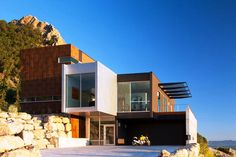 Casa minimalista moderna n.13