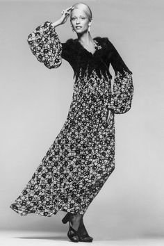 British Vogue, 1971.  Photo by Clive Arrowsmith Thea Porter Vogue Fashion And Textiles Museum Exhibition (Vogue.co.uk)