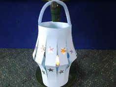 Flame: Creative Children's Ministry: Light of the world lantern craft