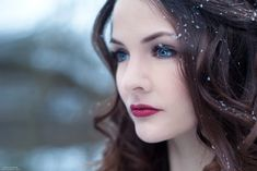 This is me. My eyes turn Snow White when I try. I'm tempered, but level headed. {if that makes sense}