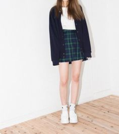 I feel like button up skirts are the new look ?