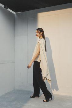 #Ambush #fashionweek #fashion #SS21 #RTW #lookbook Fashion News, Fashion Beauty, Fashion Show, Mens Fashion, Fashion Trends, Vogue Paris, Vogue Russia, Mannequins, Modern Fashion