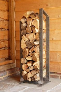 Thinman log rack stand artisan contemporary modern metal log rack see gallery Indoor Firewood Rack, Firewood Holder, Firewood Storage, Into The Woods, Rack Design, Storage Design, Storage Ideas, Contemporary Outdoor Storage, Log Holder