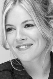 On December 28th in 1982, New York City born, English actress Sienna Miller was born. Subscribe to daily Fashion History facts on on our blog! #fashion #siennamiller #tifh