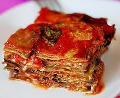 the excellent Parmigiana di Melanzane: Owen baked eggplant millefoglie with tomato and mozzarella Eggplant Dishes, Baked Eggplant, Best Italian Recipes, Favorite Recipes, That's A Spicy Meatball, Neapolitan Recipe, Veggie Recipes, Cooking Recipes, Stone Pizza Oven