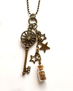 "Necklace ""Key to the stars"" from http://ladyofthelake.se"