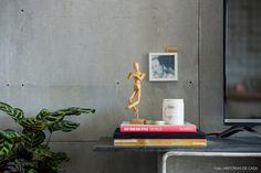 12-decoracao-apartamento-integrado-painel-televisao-concreto-placa