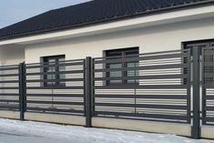 House Balcony Design, House Main Gates Design, Fence Gate Design, Balcony Grill Design, Modern Fence Design, Balcony Railing Design, House Design, Iron Balcony, Grades