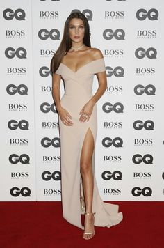 Bella Hadid scooped up the Model of the Year Award at the 2016 GQ Men of the Year Awards and paid tribute to her mother Yolanda Fo. Gq Awards, Bella Hadid Style, Gq Men, Strapless Dress Formal, Celebrity Style, Cool Outfits, Glamour, Style Inspiration, Gowns