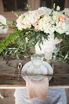 #Centerpiece | Hydrangeas & Roses | Photography: Jen Wojcik Photography |   See More on #SMP: http://www.stylemepretty.com/california-weddings/2013/12/05/french-inspiration-shoot-from-jen-wojcik-photography/