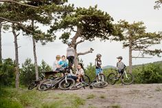#mountainbike#woombikes#trip#family #woom#tips#heat Cool Headed, Bicycling, Cycling Bikes, Mountain Biking, Family Travel, Cool Stuff, Tips, Sports, Blog