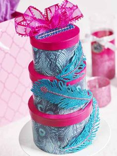 DIY Quinceanera Money Box. This money cake made from hatboxes is perfect for your DIY quinceanera decor! #plaidcrafts