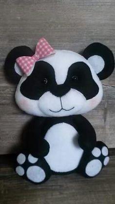 *FELT ART ~ PANDA COM LAÇO