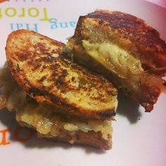 French Onion grilled cheese, the best cheese sandwich you will every eat <3