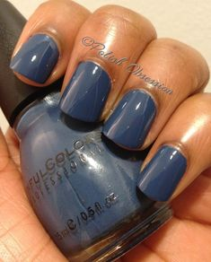 A blog about nail polish. Swatches from indie brands and drug store brands, as well as nail art.