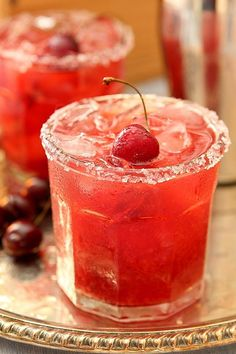 Cherry Old Fashioned Smash Cocktail Recipe: Bourbon, Cherry Brandy, Simple Syrup, Orange Bitters, Club Soda and fresh cherries. Sounds delish! #cocktailrecipes