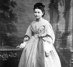 Bertha Benz, Young Engineers, Hot Guys, Hot Men, Portrait, Vintage Children, First World, Vintage Photos, Daughter