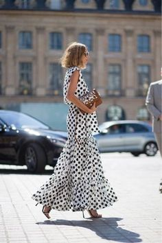 Vestido de poá, polka dots dress, Candela Novembre @whisperbysara