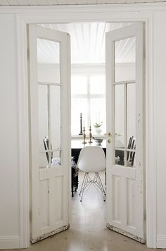 These white Doors <3