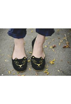 Cat Face Embroidery Ballet Flats//