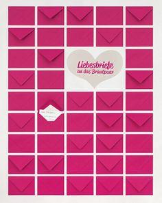 Ganz simpel ist dieses Gästebuch herzustellen. Kleben Sie ganz einfach kleine Briefumschläge in Ihrer Hochzeitsfarbe (vielleicht auch mehrere Farben) auf eine Holzplatte, die zuvor mit schönem Papier tapeziert wurde.