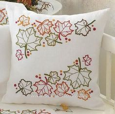 Knitting, crochet, embroidery, sewing and tons of inspiration for your next project. Cushion Embroidery, Hand Embroidery Patterns, Embroidery Kits, Embroidery Stitches, Machine Embroidery, Embroidery Designs, Embroidered Cushions, Diy Pillows, Custom Pillows