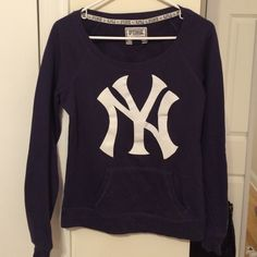VS Pink NY Yankees sweatshirt - small Great sweatshirt for a Yankees fan! Front pockets and wide collar Victoria's Secret Sweaters Crew & Scoop Necks