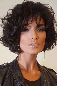 Pixie hairstyles 655907133202907682 - Cheap Short Loose Pixie Hairstyle Soft Synthetic Hair Jerry Curly Lace Front Cap Women Wigs 10 Inches Source by Curly Hair With Bangs, Short Curly Hair, Curly Hair Styles, Medium Curly, Hair Bangs, Curly Bob Hairstyles, Hairstyles With Bangs, Style Hairstyle, Hairstyle Ideas