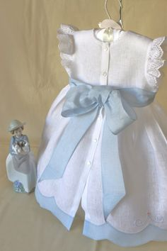 quenalbertini: Baby blue and white little dress Baby Outfits, Little Girl Dresses, Toddler Outfits, Kids Outfits, Toddler Dress, Baby Dress, Little Girl Fashion, Kids Fashion, Christening Gowns