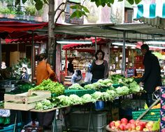 Paris' street markets, this one is on rue Mouffetard.  Repinned by www.mygrowingtraditions.com (cw12)