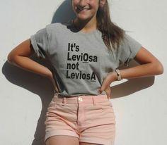 Es ist Leviosa nicht Leviosa Harry Potter Shirt Zauber Levitation Hermine Granger Ron Weasley Magic Spell Gryffindor Geschenk für junge Mädchen