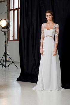 d396841f1f15b Rampling #weddingdress #summerwedding Classic wedding dresses with a twist-  that is the best