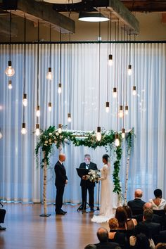 D&A | Florals by Dark & Diamond | Lighting by LNJ Tech | Photo by The Ramsdens