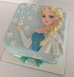 Torta di Frozen con decorazioni in pasta di zucchero n.48