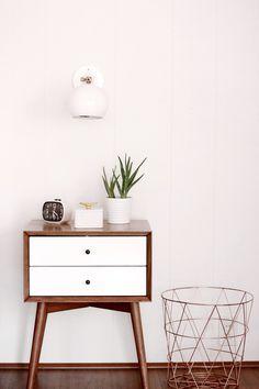 Modern Bedroom: Melissa Johnsons Bright and Airy Bedroom Airy Bedroom, Home Decor Bedroom, Bedroom Furniture, Pretty Bedroom, Bedroom Black, Furniture Chairs, Retro Furniture, Garden Furniture, Outdoor Furniture