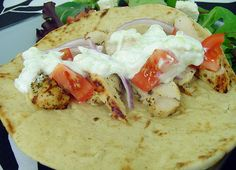 chicken gyros-need to make this so I can use up that trader joe's flatbread I have in the freezer