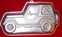 Wilton Jeep Trail Rider 4 Wheel Drive Off Road SUV 5024050 1984 Retired ** Check out this great product. Jeep 4x4, Jeep Truck, 3d Birthday Cake, Birthday Ideas, Jeep Cake, Lightning Mcqueen Cake, Proud Of My Daughter, Wilton Cake Pans, Cake Pop Maker