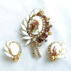 Vintage Juliana, D&E Verified Delizza Copper or Gold Fluss Milk Glass, Amber and Aurora Borealis Rhinestones Leaf Brooch and Earrings Set by MyVintageJewels, $168.00