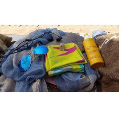 Perfect beach combo with the IRIDA Legs scarf #scarf #scarves #instafashion #irida #irida_co #accessories #silk #beach #summer