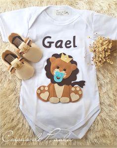 Body menino personalizado Work From Home Moms, Gift Packaging, Little Ones, Tutu, Onesies, Lucca, Kids, Baby, Handmade